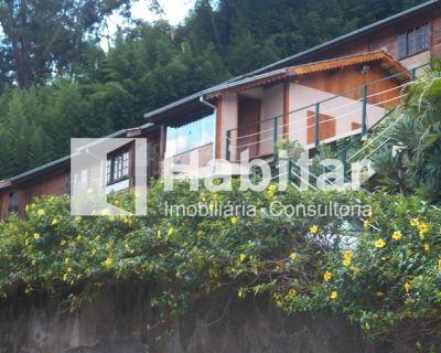 Casa 02 quartos em Itaipava