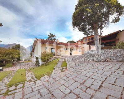 Casa em condomínio nobre em Itaipava